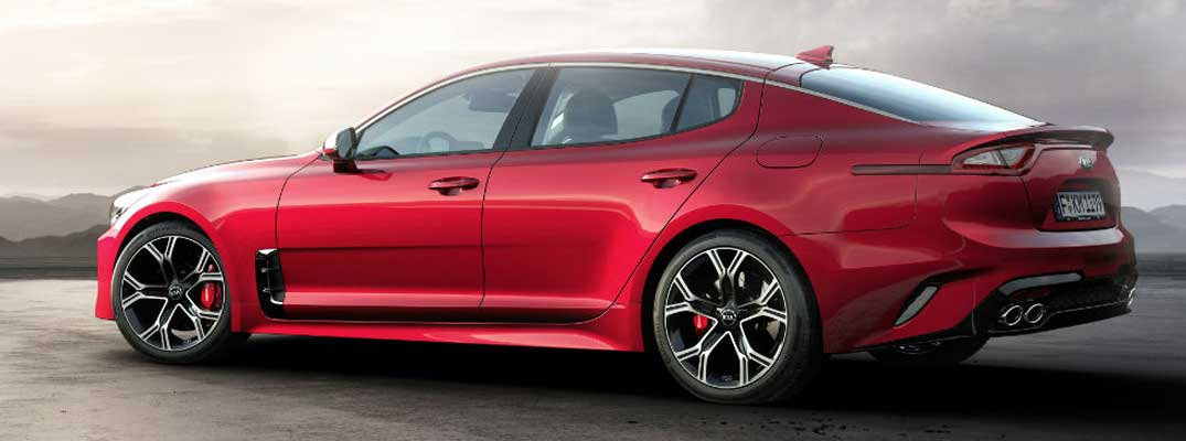 What are the Kia Stinger engine options?