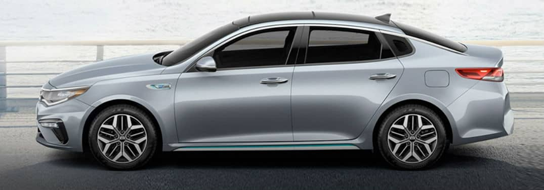 What colors are available on the Kia Optima?