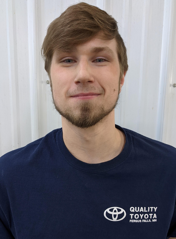 Nathan Hensch Bio Image