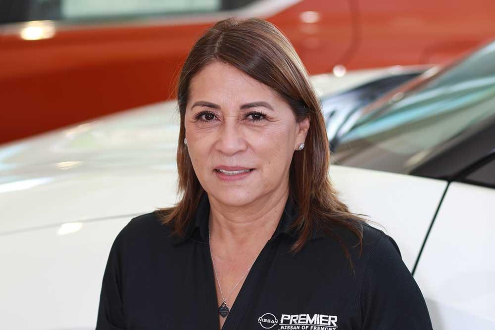 Esther Alva Bio Image