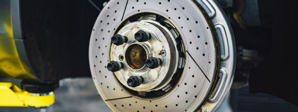 Do I Need an Alignment with New Tires?,TN