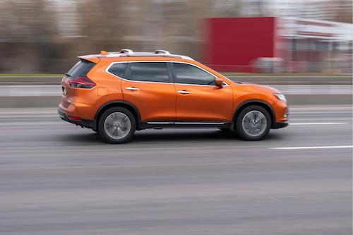 matt-bowers-nissan-eastern-shore_nissan-rogue-2021-orange-car-driving