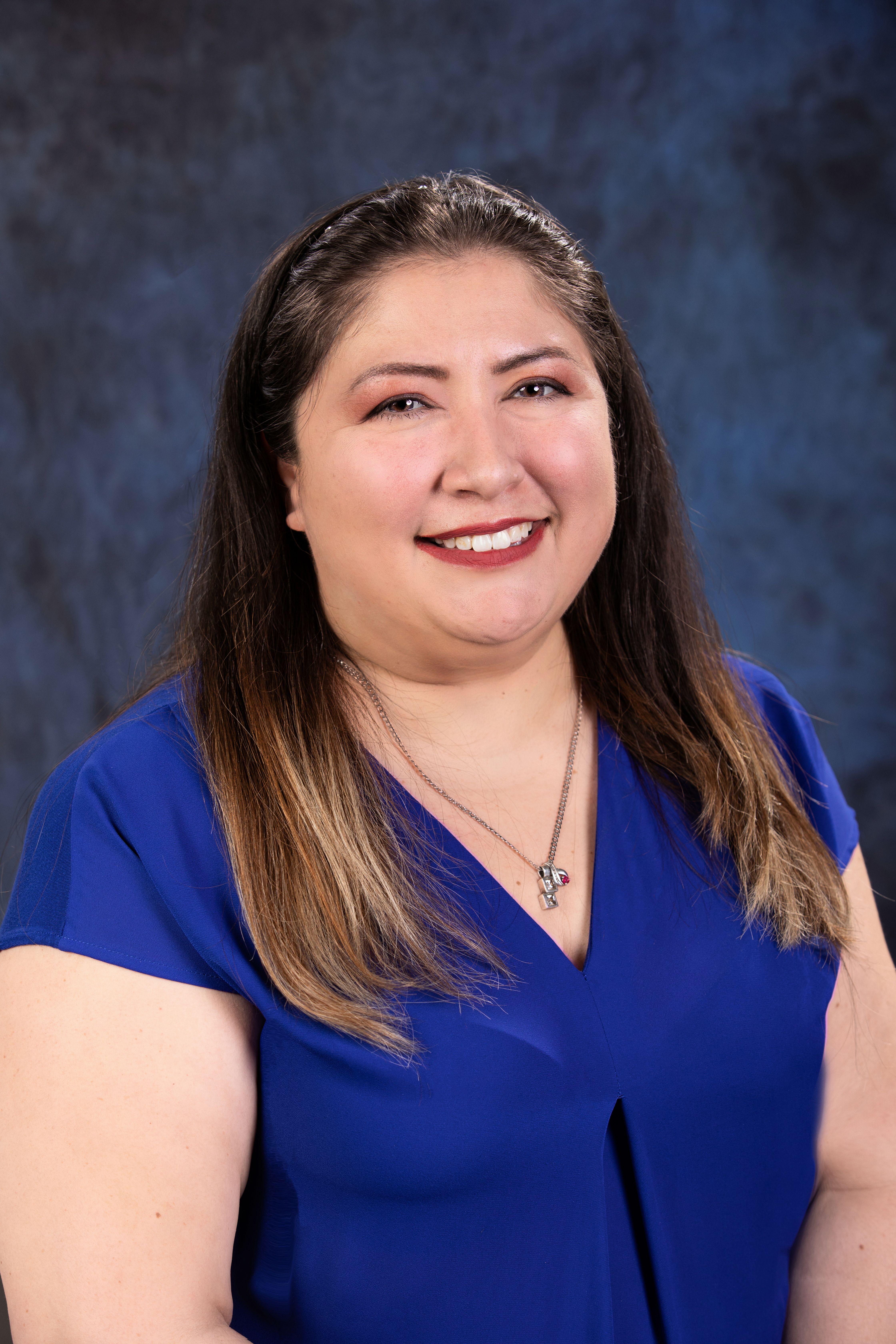 Karen Pinos Bio Image