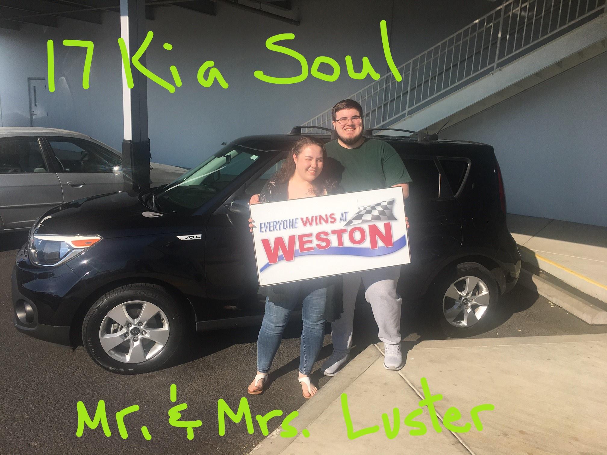 17 Kia Soul Mr & Mrs Luster
