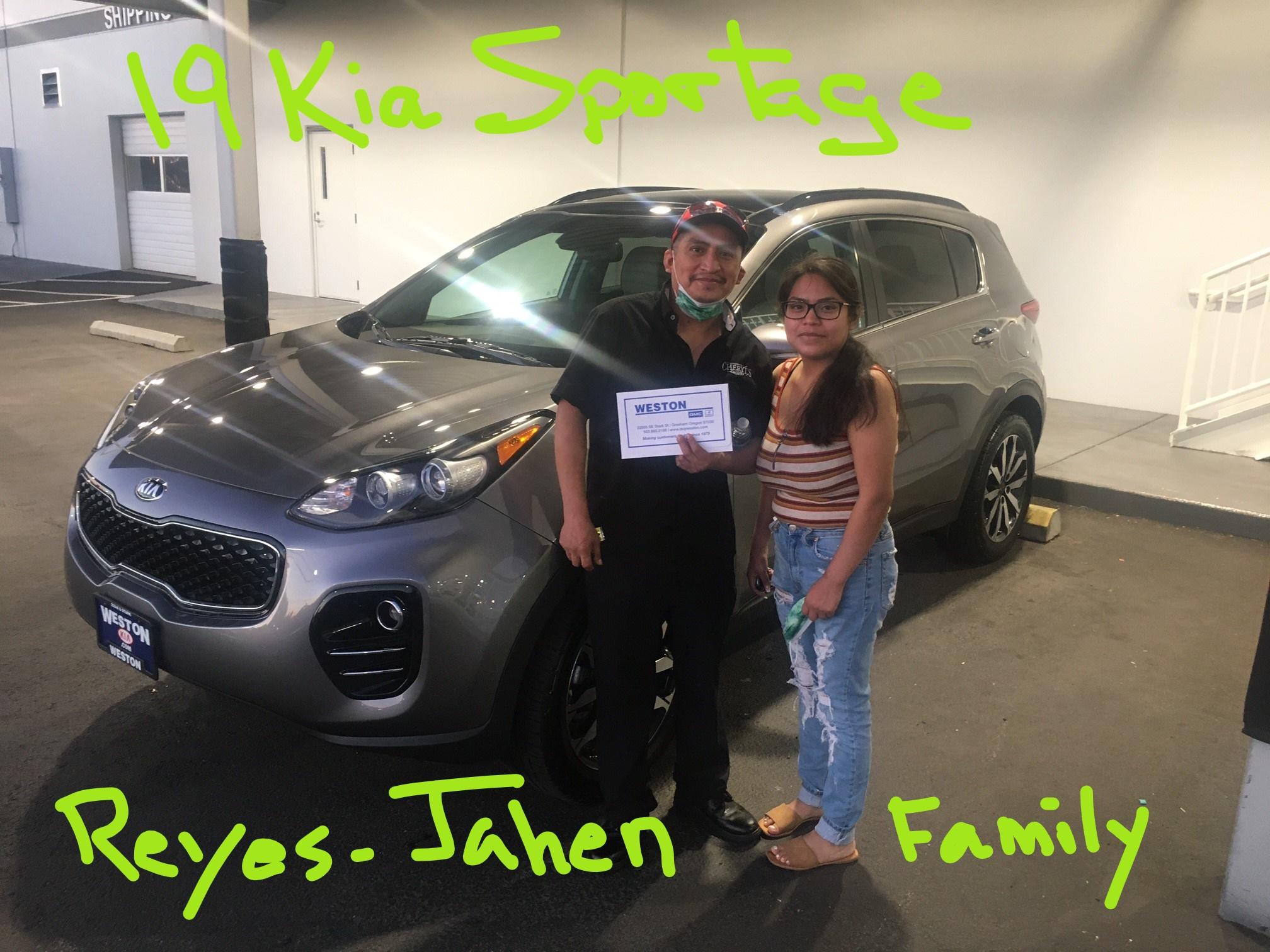19 Kia Sportage Reyes Jahen Family