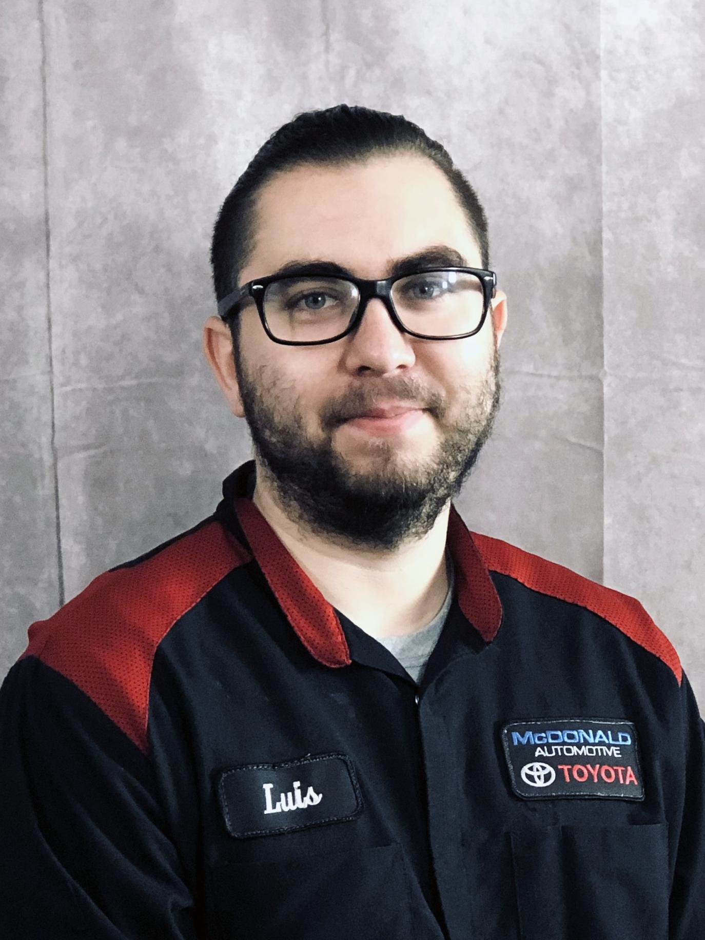 Luis Alvarez Bio Image