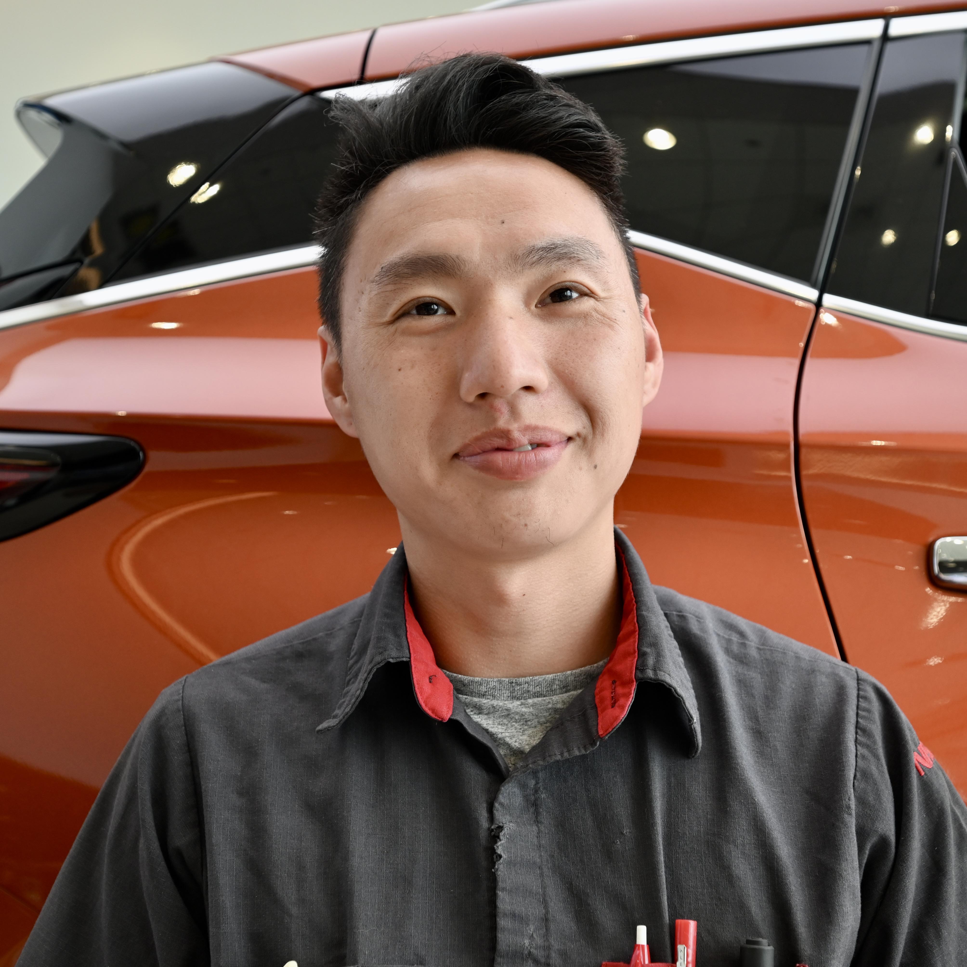Daniel Xiony Bio Image