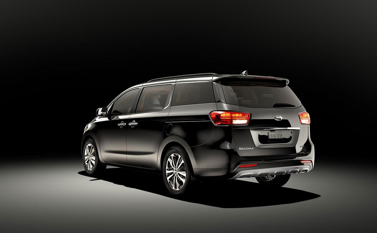 2016 kia sedona exterior black rear lights hatch