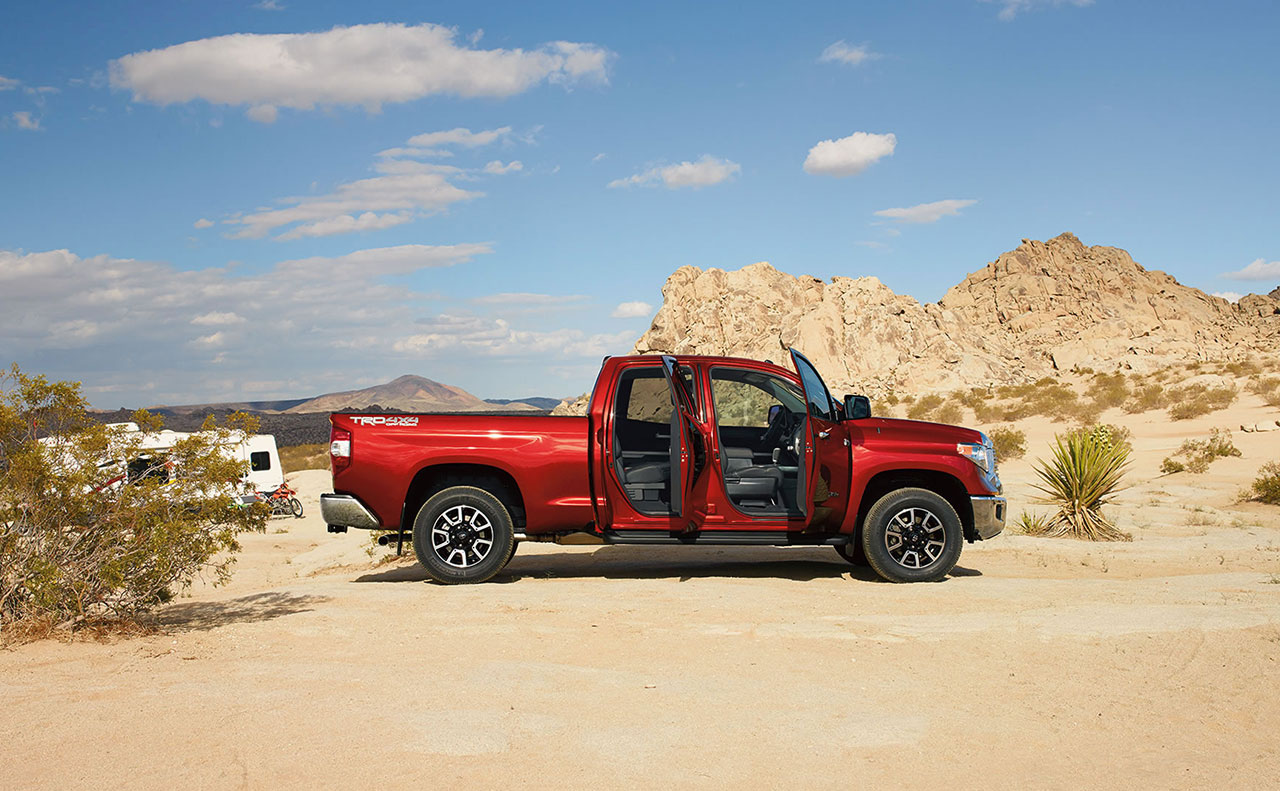 2016 toyota tundra exterior open doors side view